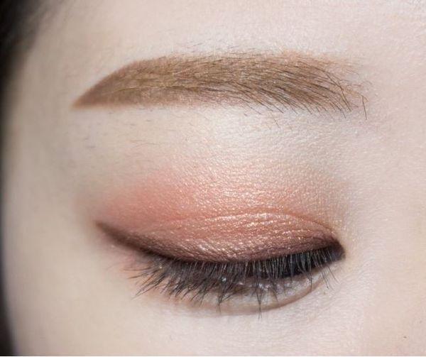 『韓式淡妝』,新年來個簡單清新的妝容,不會化妝的你也能輕鬆學會 !