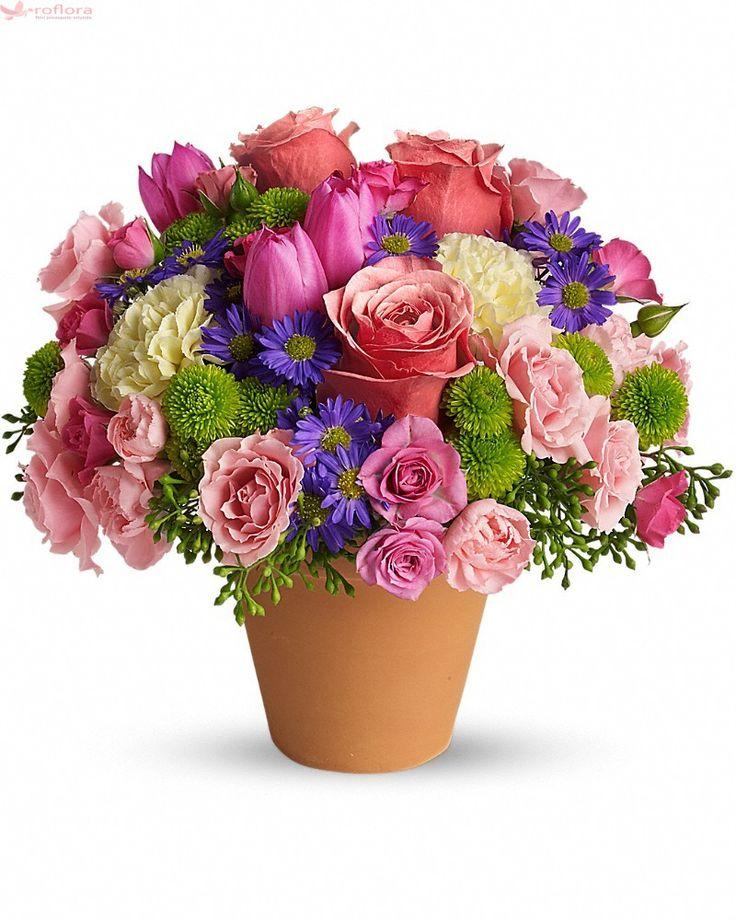 Este Chiar Perfect – Buchet cu minirosa, trandafiri, lalele si crizanteme