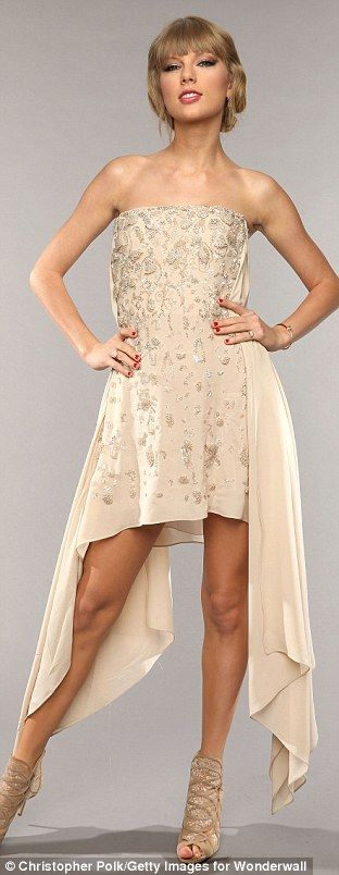 Taylor at the Country music television awards