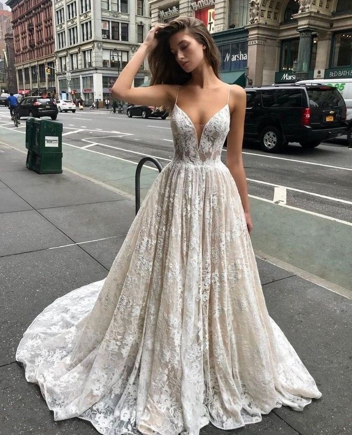 """Strictly Weddings on Instagram: """"Crushing on this @enzoani beauty! From bodice to train! #Enzoani . . . #wedding #weddingday #bride #bridal #dresses #couture #weddings…"""""""