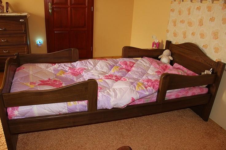 Bonita ágy diófából,két oldalas leesésgátlóval