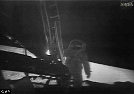 28 best images about Whats on the Moon? on Pinterest ...