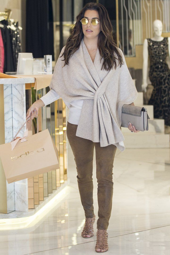 Eva Longoria Just Wore the Chicest Shopping Outfit You've Ever Seen