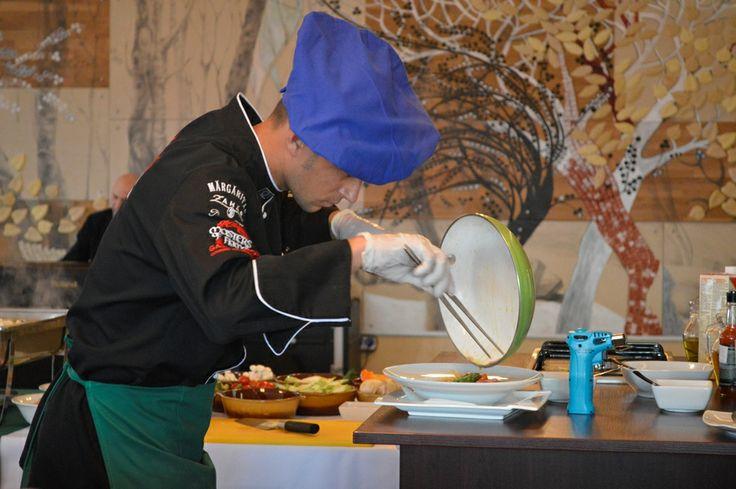 Italian Night - chef Paul preparing delicious pasta