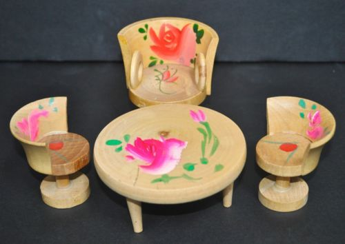 Vintage-Miniature-Wood-Table-Chairs-with-Wood-Tea-Set-Made-in-Japan