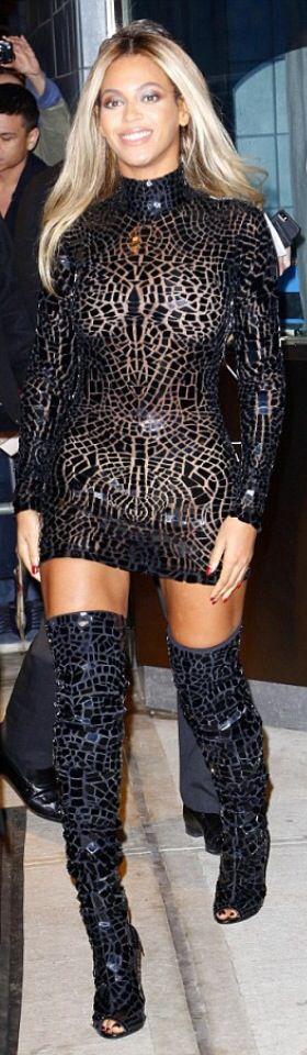 Beyonce in Tom Ford ♥✤ | KeepSmiling | BeStayClassy