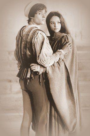 """Оливия Хасси и Леонард Уайтинг во время съёмок """"Ромео и Джульетты""""."""