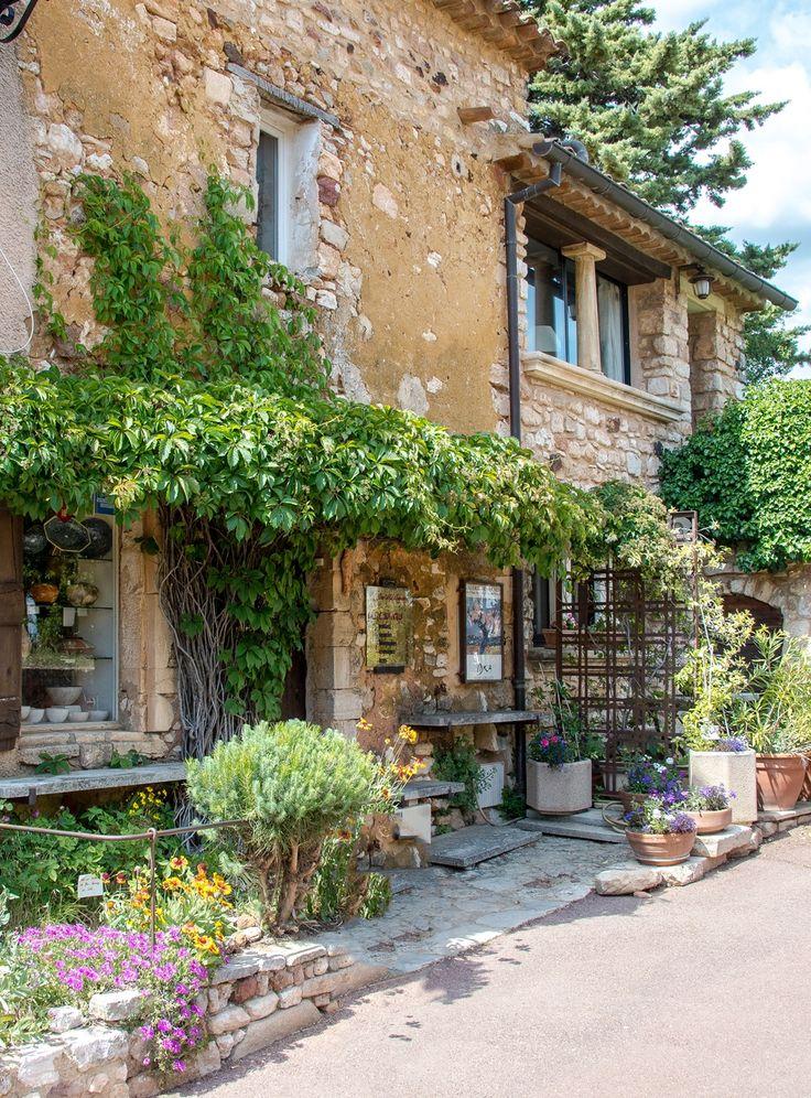 Foyer Lion Salon De Provence : Les meilleures images du tableau provence alpes