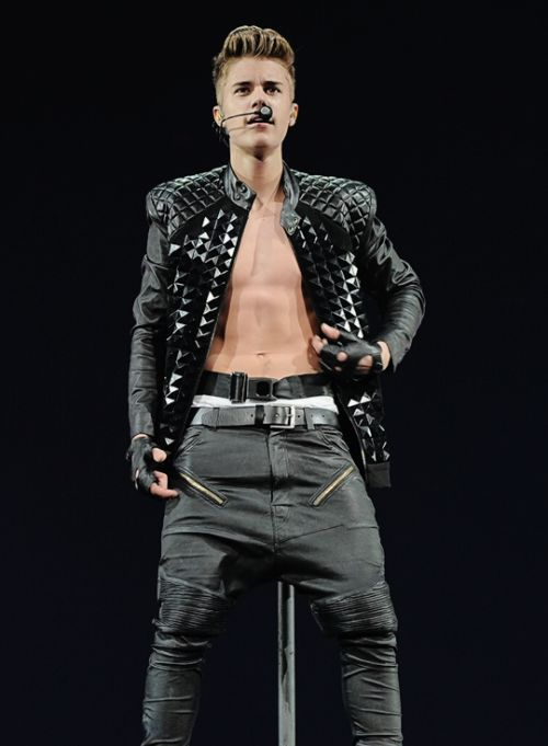 Follow us on our other pages ..... Twitter: @bieberrocks2015 Tumblr: bieber-rocks.tumblr.com justin bieber justin bieber believe jenlena follow follow4follow justinbieber http://bieber--rocks.tumblr.com/post/143104691248