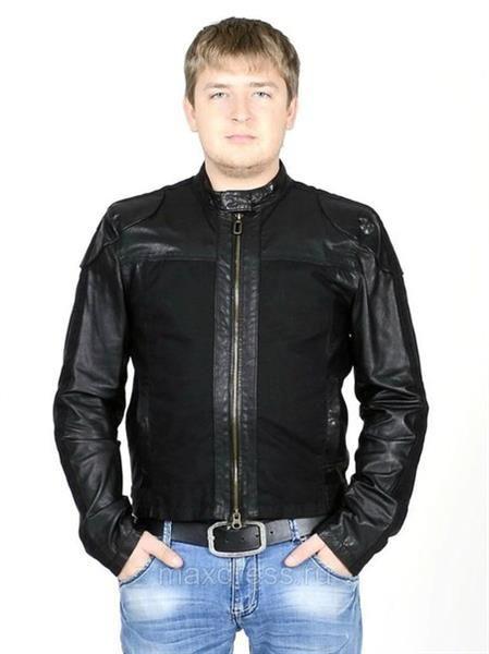 Кожанная куртка от армани с текстильными вставками