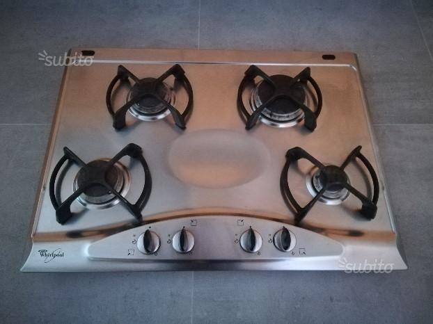 piano-cottura-whirlpool-acciaio-inox-4-fuochi | Cucina in muratura ...