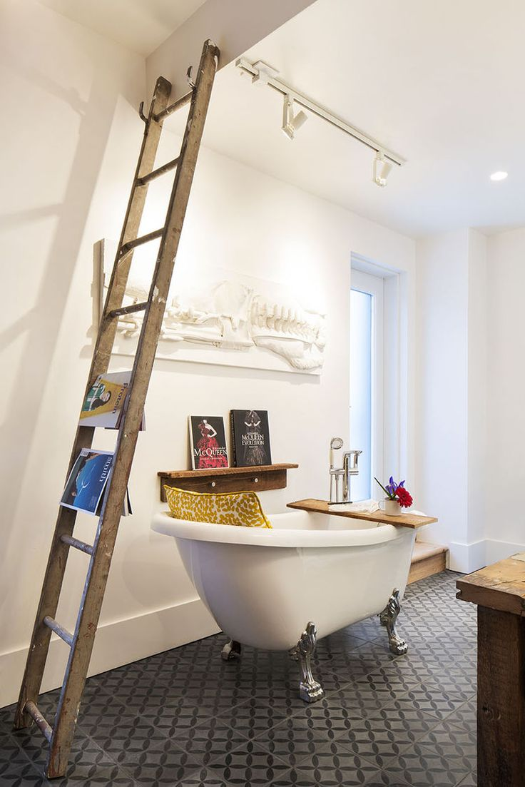 Clawfoot Tub In The Master Bathroom A Montreal Renovated Row House