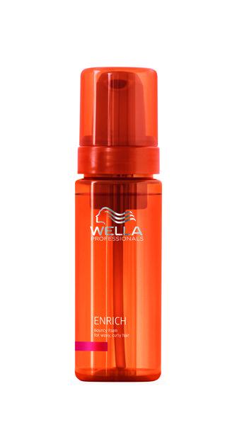 Питательный мусс для вьющихся и завитых волос. Обеспечивает индивидуальный подход к каждому локону. Легкий питательный мусс оживляет вьющиеся и завитые волосы, придает им упругость и улучшает расчесываемость. Содержит экстракт шелка. Эксклюзивная Салонная Формула. Применение: равномерно нанести на чистые влажные волосы и расчесать. Не смывать. #ПарфюмерияИнтернетМагазин #ПарфюмерияИКосметика #ПарфюмерияЮа #КупитьДухи #КупитьПарфюмерию #ЖенскийПарфюм #ОригинальнаяПарфюмерия #Селективная...