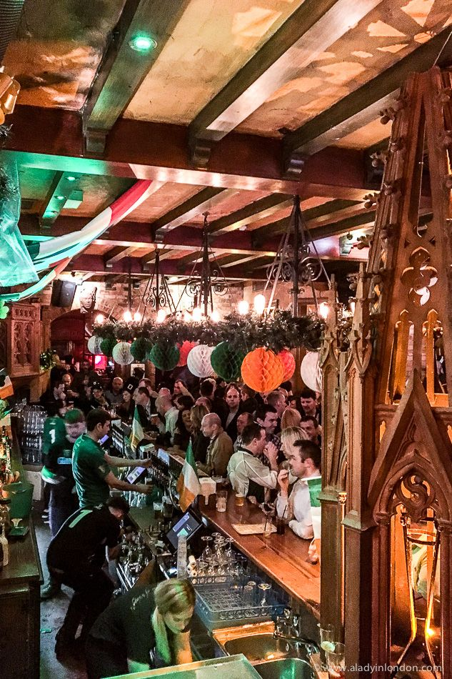 St Patrick's Day in a London pub.  #london #pub #stpatricksday