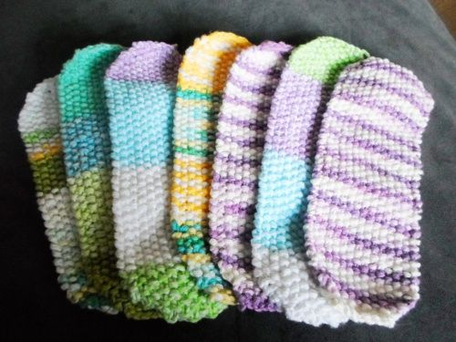 Knit Your Own Reusable Menstrual Pads : A Pattern