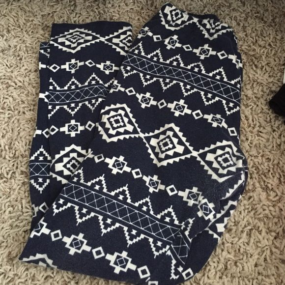 Charlotte Russe Blue and White Leggings Worn a few times but in great condition Charlotte Russe Pants Leggings
