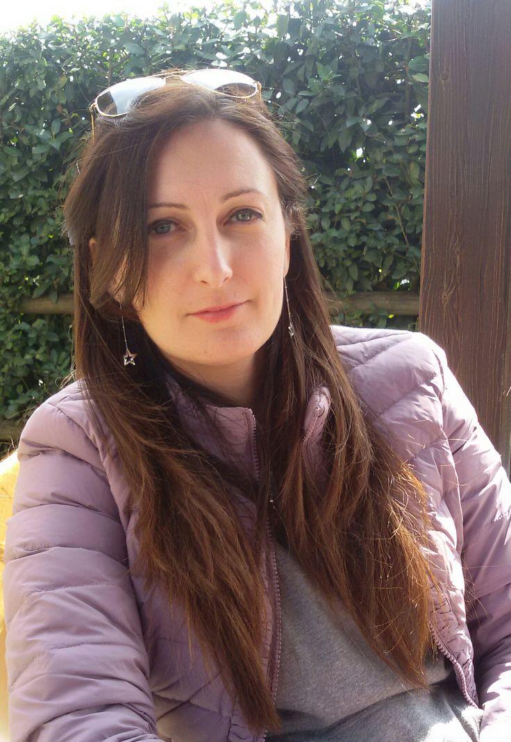 INTERVISTA A SARA DI FURIA http://lindabertasi.blogspot.it/2016/11/le-autrici-ewwa-intervista-sara-di-furia.html