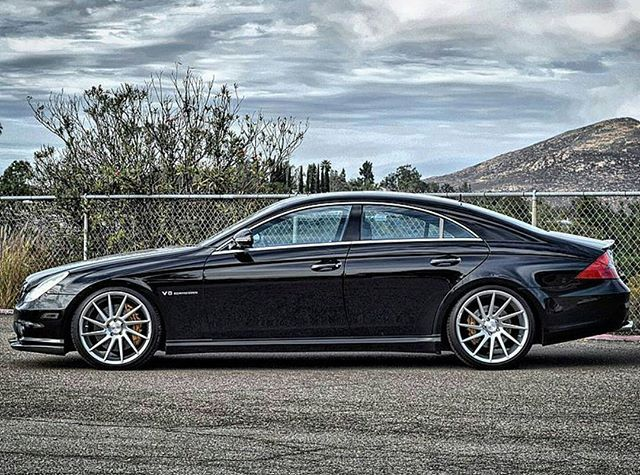 Our @LABenzUnited.SD member @SoCalTires is ready for the Thanksgiving weekend. Contact for specials on your next set of tires! #LABenzUnited #CLS55AMG #W219 #CLS55 #V8Kompressor #Kompressed #Kompressor #Supercharged #DrivingPerformance #Blower #Supercharger #German #GDM