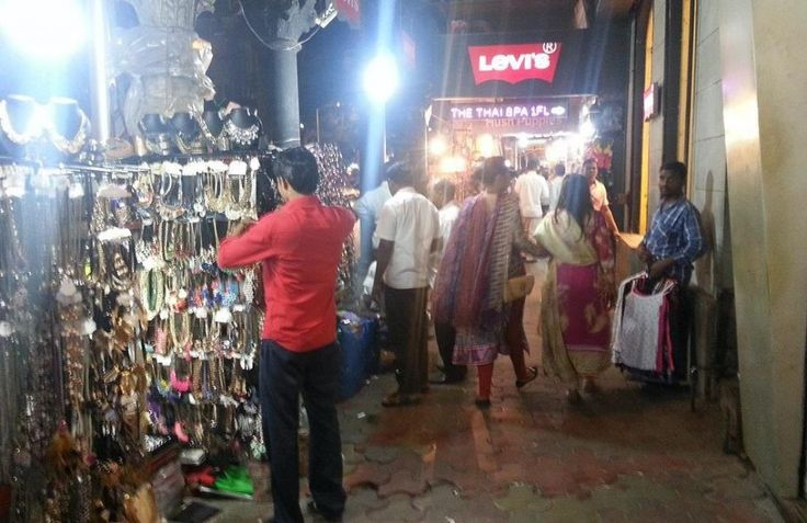 Accessories at Colaba Causeway