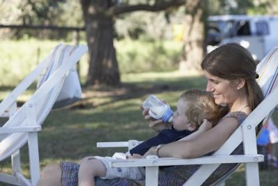 How To Wean From Breastfeeding To Whole Milk | LIVESTRONG.COM