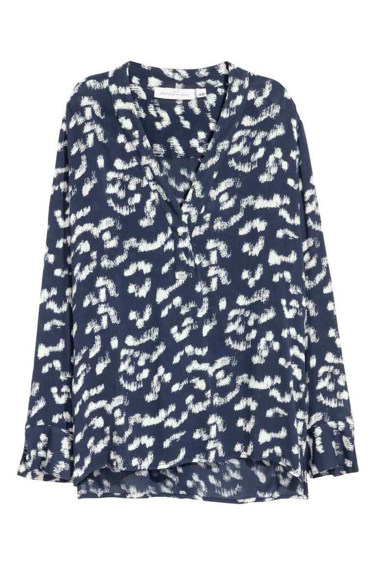 V-neck blouse - Dark blue/Patterned - Ladies | H&M GB