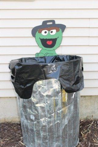 Oscar garbage Sesame Street party