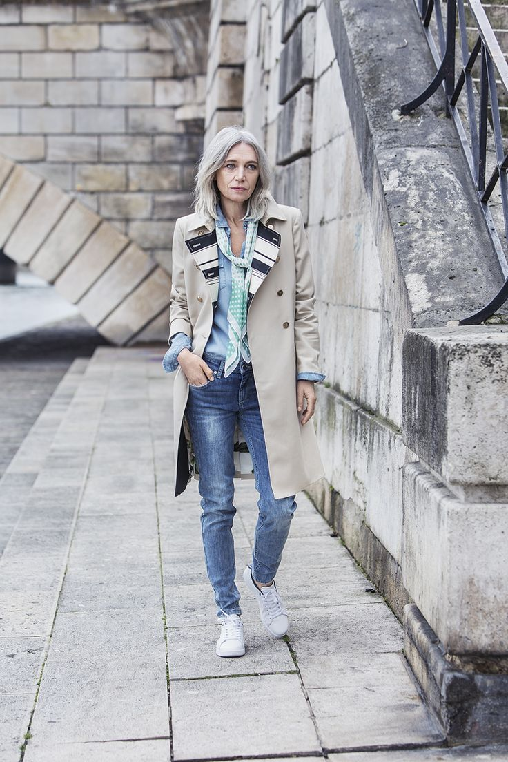 What would you say is the one secret to effortless French style? #stockalovesparis