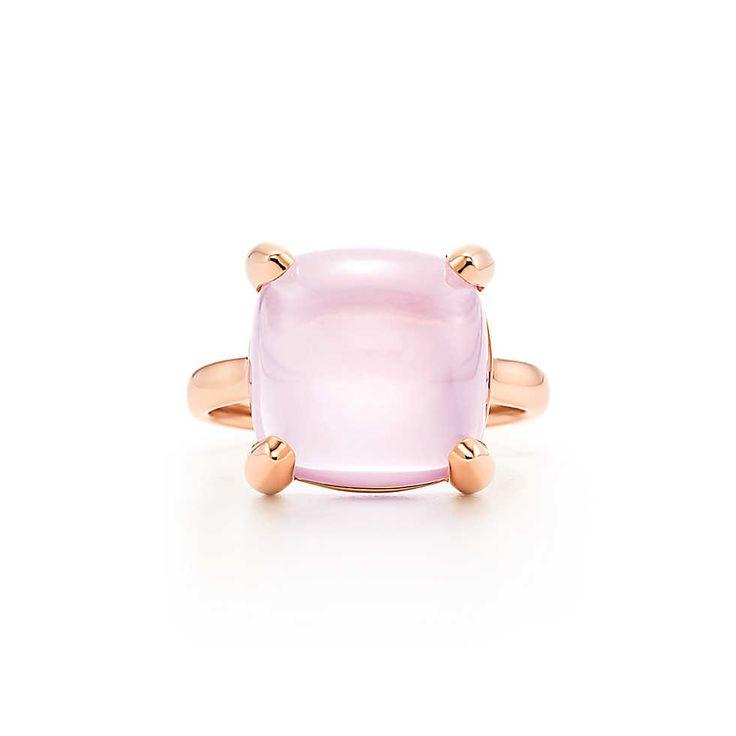 Anello Sugar Stacks di Paloma in oro rosa 18 carati con quarzo rosa. | Tiffany & Co.