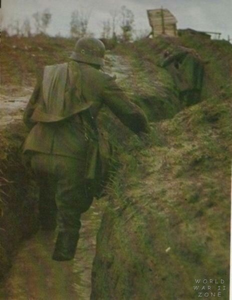 German soldier in trench - eastern front WW2, pin by Paolo Marzioli
