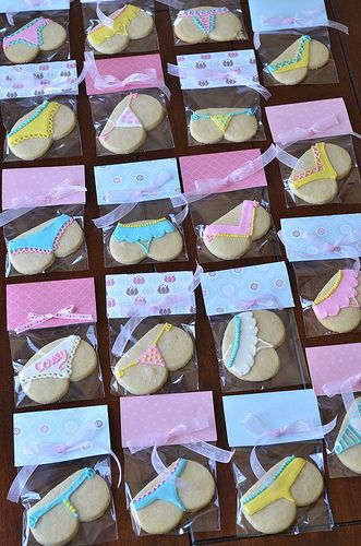 """Bridal shower """"tushie"""" cookie. My girlfriends will love these. =)"""