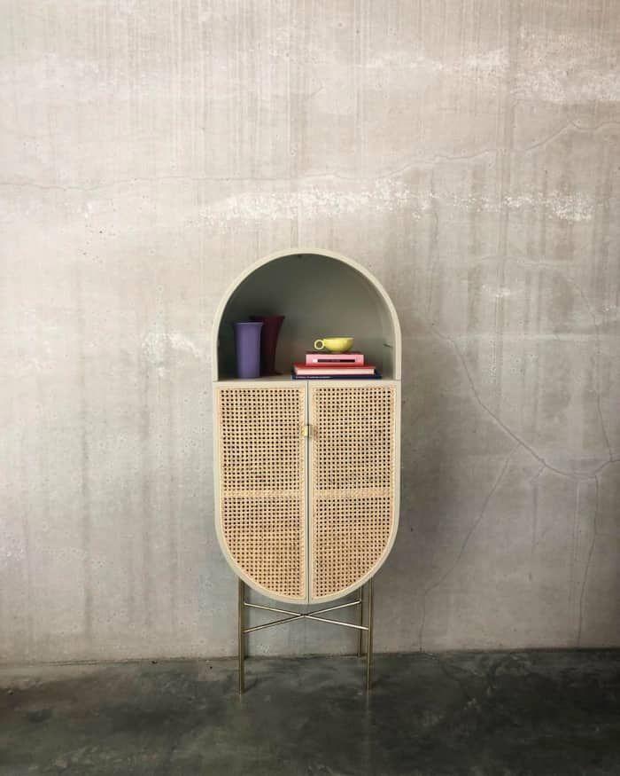 14d17be06f9431 Retro cabinet