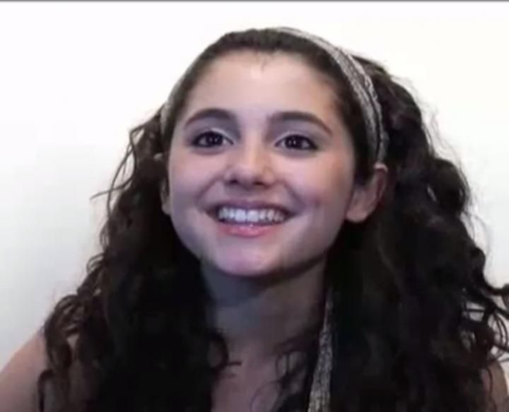 Ariana Grande Homework Online - image 11