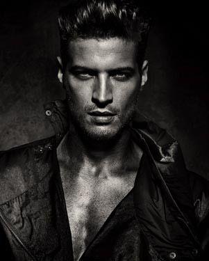 #MaxAttract #Max4Men @Ky Van Der Hoeff Erotica