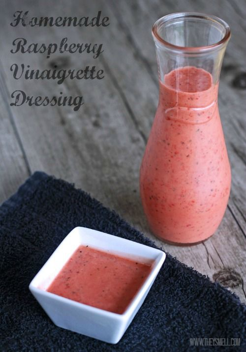 Homemade Raspberry Vinaigrette Dressing - easy to make and very healthy!