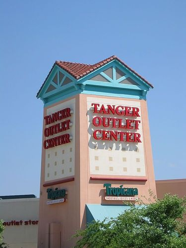 Tanger Outlet Mall in Foley, Alabama..a favorite pastime for Gulf Shores and Orange Beach bunnies!!