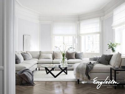 Store | Englesson - Möbler i klassisk elegant stil med vackra detaljer Strömstad är en modulsoffa som du kan få precis som du vill ha den. Den får att få med divandel och det finns ett brett urval av armlösa fåtöljer som passar till. Liksom alla soffor från Englesson så går det att välja tyg ur den gedigna tygkollektionen.