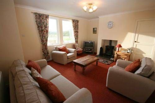 Brighouse Cottages Borgue Brighouse Cottages offers pet-friendly accommodation in Borgue. Dumfries is 46 km from the property. Free private parking is available on site.  All units have a TV. All units include a kitchen equipped with an oven and toaster.
