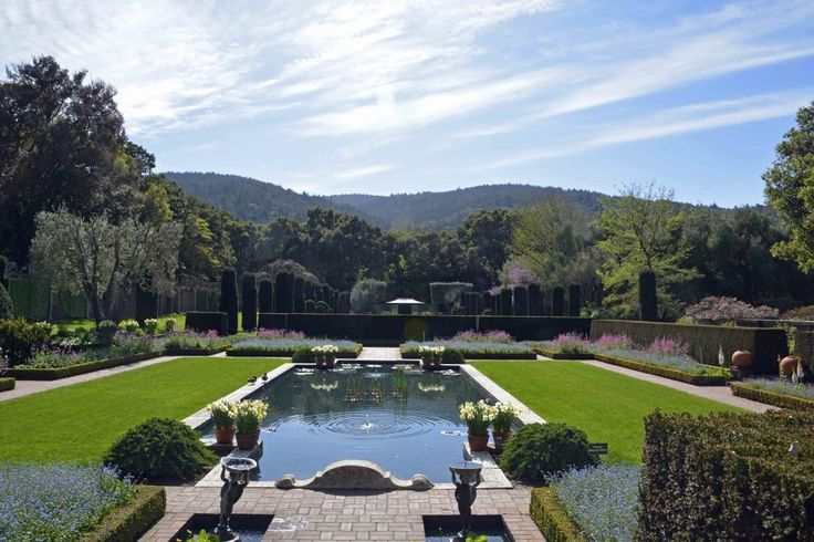44 best images about iconic garden spaces on pinterest for Filoli garden pool