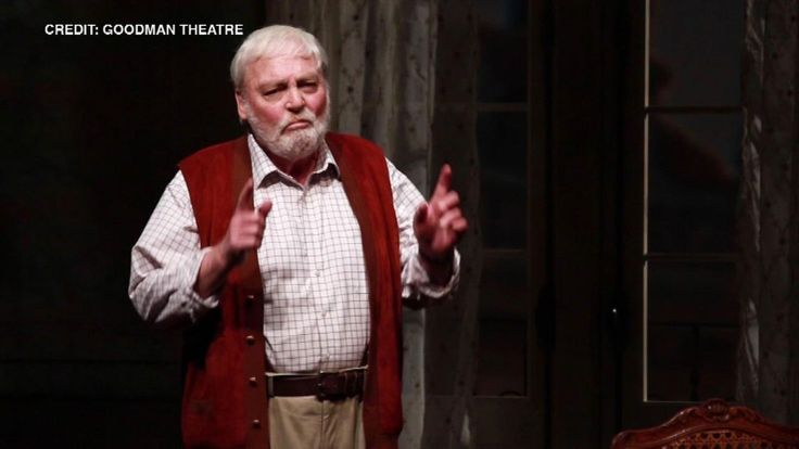 Stacy Keach suffered on-stage heart attack at Goodman Theatre in Chicago