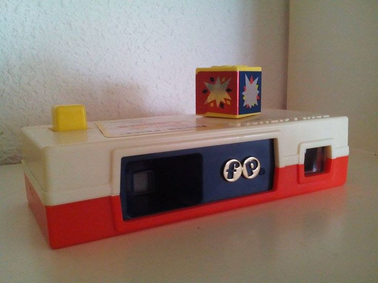 Vintage Fisher Price pocket camera/ viewmaster (A day to the zoo, 1974)