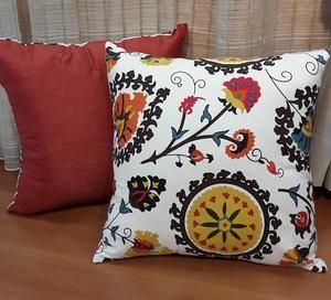 Sarung Bantal Sofa Motif Bunga / Bali / IKEA (Sarung Kursi / Cushion Cover)