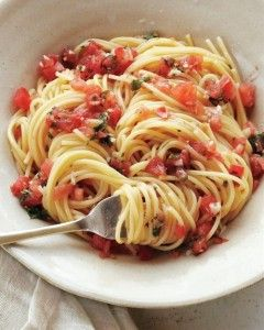 Healthy Summer Recipe Pasta with Fresh Tomatoes, Basil, Garlic, Olive Oil, and Parmesan Cheese vegetarian diet