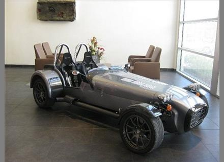 Caterham 7: We at Hillbank love this beautiful color.
