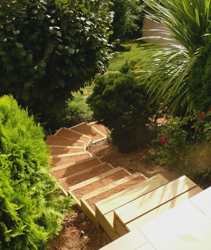 1000 ideas about escalier exterieur bois on pinterest for Volet exterieur bois