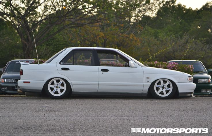 Nissan Sentra / Sunny B13 | Lowered, Slammed, JDM, Stance