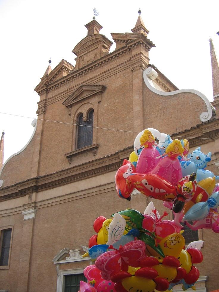 Centro storico in occasione della Festa di San Michele, patrono della città.