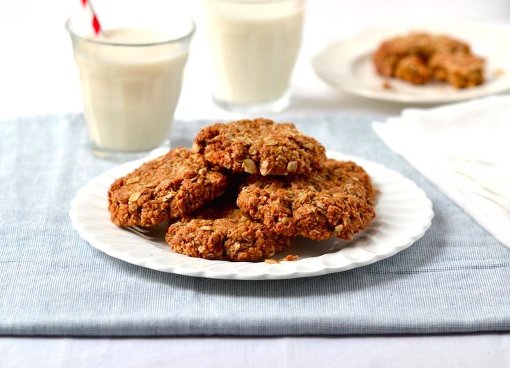 These Chewy Coconut-Oat Cookies are vegan, gluten-free and refined sugar-free. A delicious afternoon treat with a cup of tea!