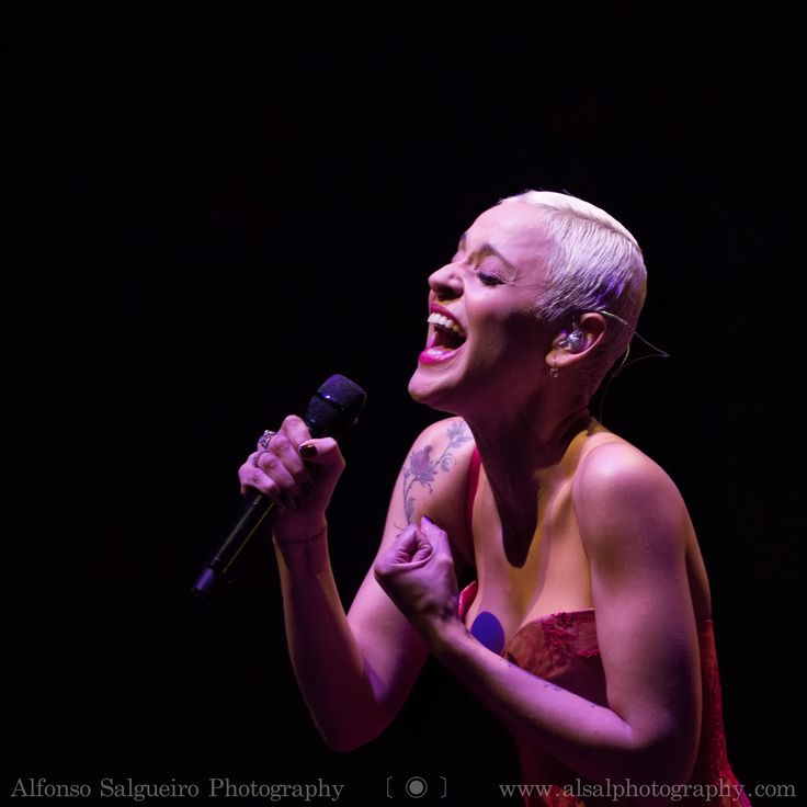 https://flic.kr/p/AuJv8T | Mariza @ Philharmonie Luxembourg | I had the pleasure to see Portuguese singer Mariza in concert for the first time at the Philharmonie of Luxembourg and I was not at all disappointed. She is one artist that gives all she has on stage. Her performance was full of passion and beautiful music and singing. A joy to see her in concert!   Prints, workshops and more Website  ⎢Facebook ⎢Bēhance