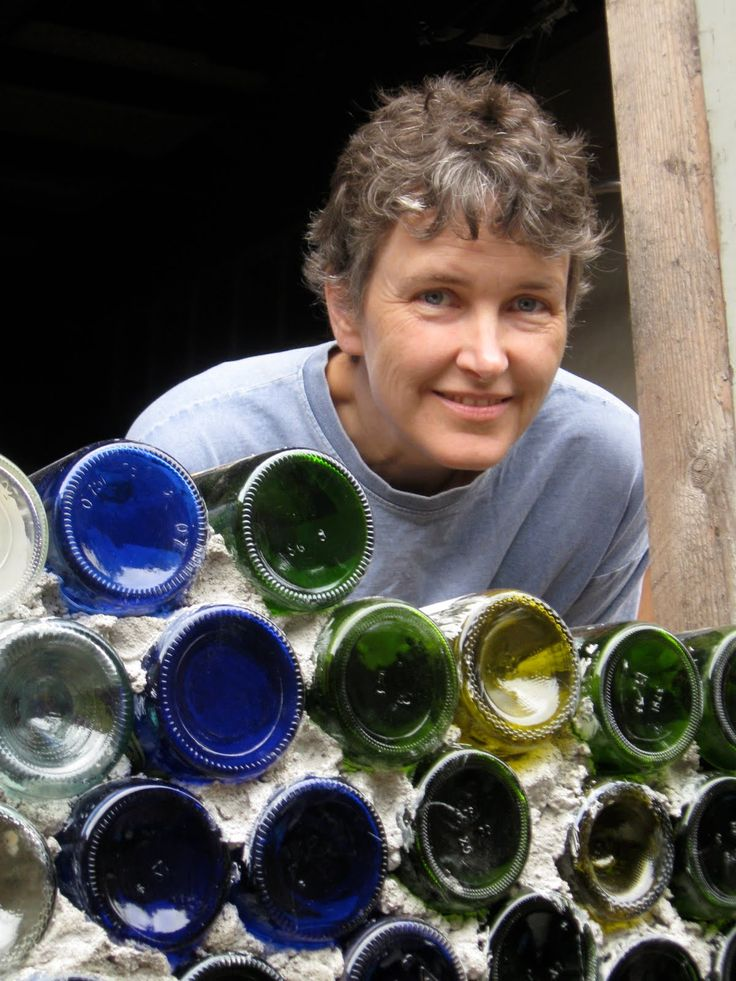 how to make a glass bottle wall