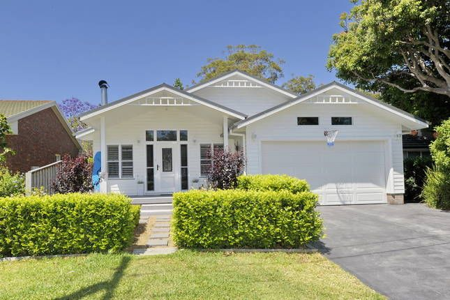 Dutchies Beach Cottage | Nelson Bay, NSW | Accommodation